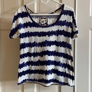 Anthropologie T-shirt white and blue small